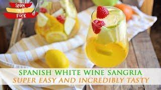 Easy to Make White Wine Sangria Cocktail Recipe