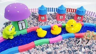 Learn Colors and How To Make Mushroom House Riverside with Kinetic Sand | TicTic Toys