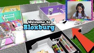 FANS MAKE THEIR OWN ROOM! I MADE A FAN HOUSE | BLOXBURG | ROBLOX | FAMBAM GAMING