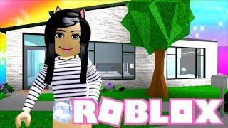 ???? BLOXBURG Starter House MAKEOVER! Roblox Bloxburg