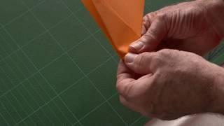 Andy Chipling - How to make the best paper aircraft (Hannah) in the World