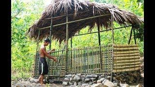 Primitive Technology: Building the house from bamboo and stone. Full