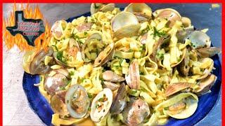 Little Neck Clams In Wine Sauce | Lemon And Garlic Wine Sauce