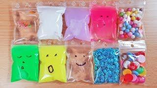Making Slime with Mini Bags Popping
