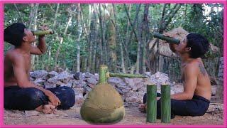 Primitive Technology: Traditional Wine Making from Banana