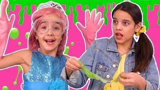 Princesses Make Slime ???? SECRET RECIPE: How To Make Slime! ????  Princesses In Real Life | Kiddyzu