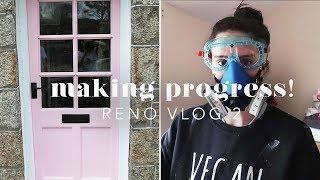 OUR CORNISH COTTAGE: NEW DOOR, WINDOWS & FENCE! RENO VLOG 2