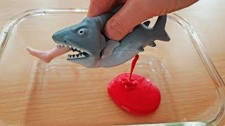 Making Slime with Shark Toy ????