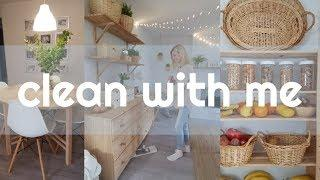 CLEAN WITH ME | Cleaning Motivation| Deep clean bedroom|Whole House Speed Cleaning 2019