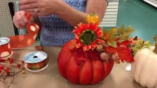 Dee's teaches how to make sit arounds Fall home decor pumpkins/ DIY fall decorations