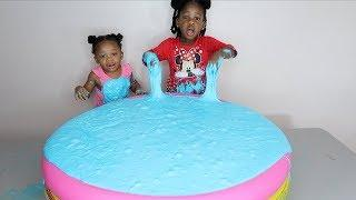 Super Fluffy Pool Full of DIY SLIME - GIANT SLIME SMOOTHIE!!