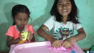 #Make Slime Make slime collor pink yellow