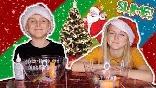 MAKING CHRISTMAS GLITTER SLIME / VLOGMAS